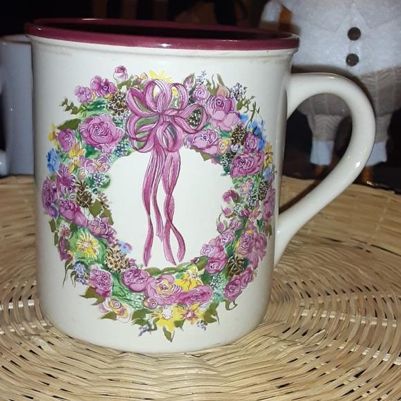 Vintage Marvelous Mugs Floral Wreath 1987 Mug